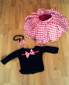 A pair of black top and pink skirt for baby girl